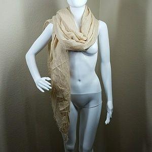 Tan/Cream scarf